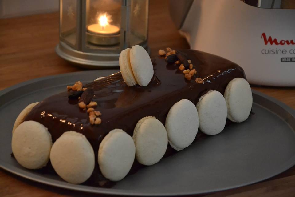 bûche « la rencontre » : crème vanille bourbon et crème chocolat