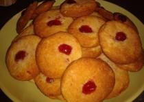Cookies noix de coco et cerises confites (SandraC)