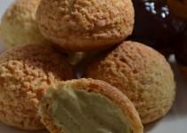 Choux à la crème pâtissière à la pistache (MaëvaB)