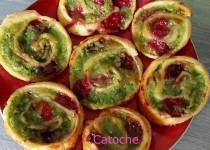 Roulés feuilletés pistache framboises (Catoche)